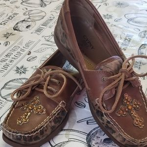 Gypsy soule & Ariat boat shoes amber crosses with